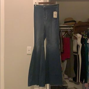 NWT Free people bellbottom Jeans